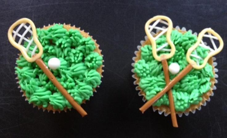 Lacrosse cupcakes by  www.wickedcakegirls.com