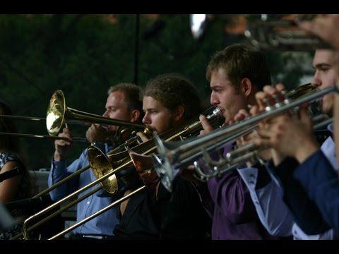 Taste of Brass-A banda                                       www.tasteofbrass.com