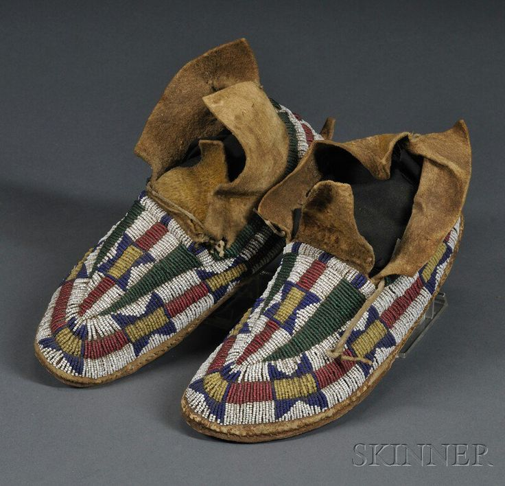 1039 Best Beaded Moccasins Images On Pinterest Native