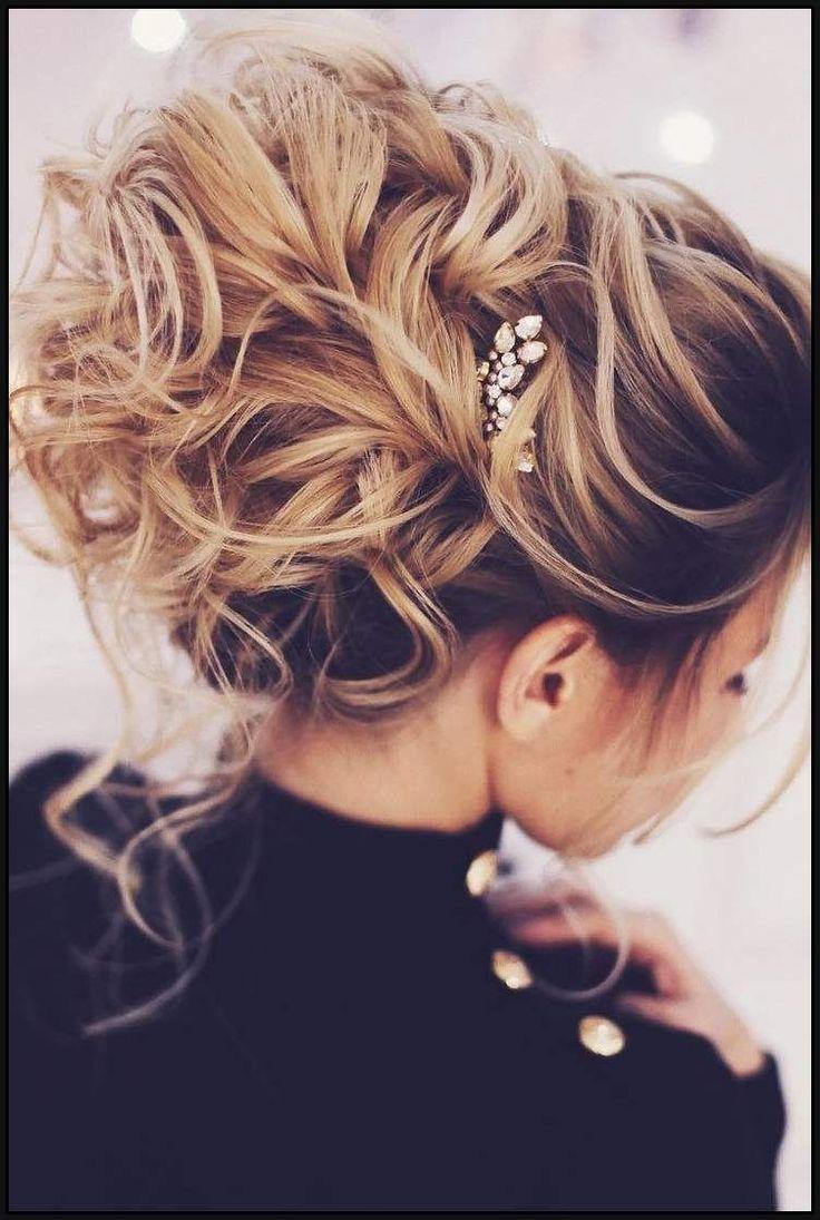 10 Schone Strand Hochzeit Frisuren Ideen Einfache Frisuren Einfache Frisuren Hochzei Geflochtene Frisuren Frisur Trauzeugin Hochsteckfrisuren Lange Haare
