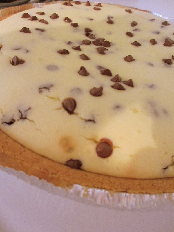 Easy Chocolate Chip #Cheesecake!