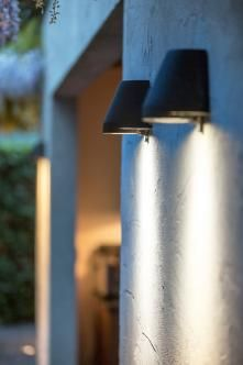 Beamy Royal Botania wandlamp antique brass antraciet TuinExtra buitenlampen