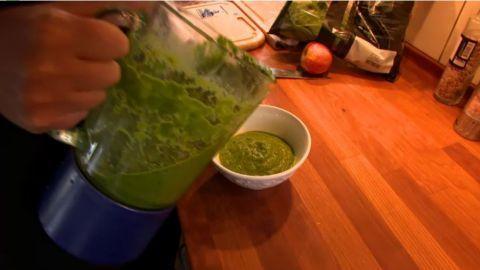 Her er professorens grønne energigrød: Sådan får du en sund tarm   Mad