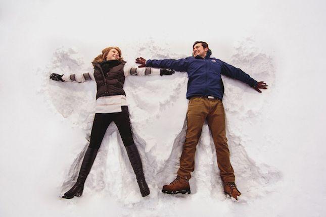 16 Snowscape Winter Engagement Photo Ideas That Are Crazy Beautiful | Brit + Co