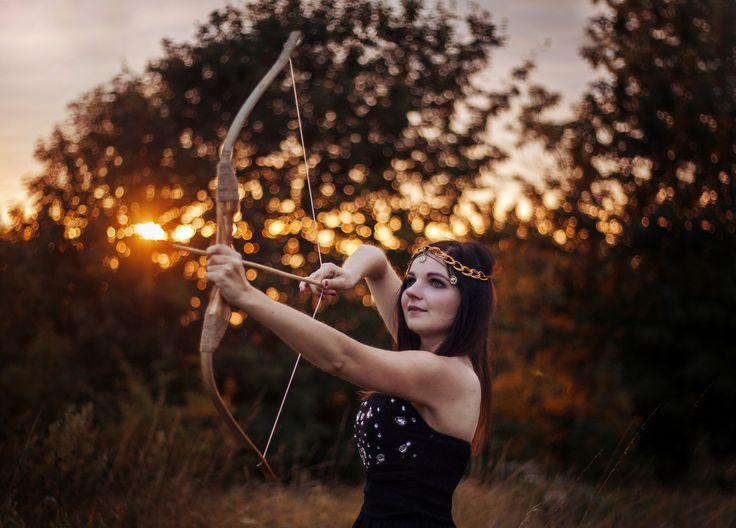 Mod. Dorota Puszczewicz  #photography #sunset #girl #fairytale #tale #photoshoot #ideas #dark #hair #arc #warrior #light #canon #summer
