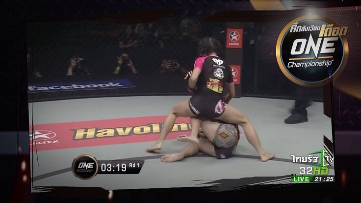 """สวยแถมโหด!  ดูชัดๆ อีกครั้ง คลิปวินาที """"ริกะ อิชิเกะ"""" นักสู้ MMA ลูกครึ่งไทย-ญี่ปุ่น ขึ้นสังเวียน จับน็อก """"โอเดรโลร่า โบนิเฟส"""" นักสู้ชาวมาเลเซีย ได้ตั้งแต่ยกแรก!!   วันศุกร์นี้ห้ามพลาด! ร่วมเชียร์ """"ริกะ อิเชิเกะ"""" ใน #ศึกสังเวียนเดือด ONE Championship  สามทุ่มตรง ทางไทยรัฐทีวี ช่อง 32  Rika """"Tiny Doll"""" Ishige / ริกะ อิชิเกะ #ONEfc #ONEChampionship #ไทยรัฐเชียร์ไทยแลนด์"""
