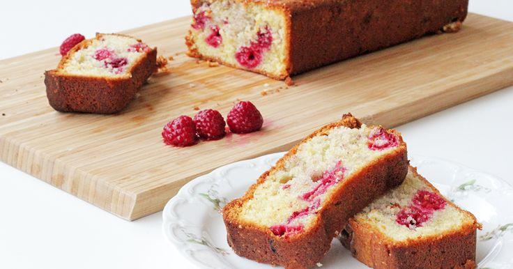 Θρεπτικό και νόστιμο κέικ με σμέουρα για τα παιδιά και όλη την οικογένεια! Δείτε τώρα τη συνταγή.