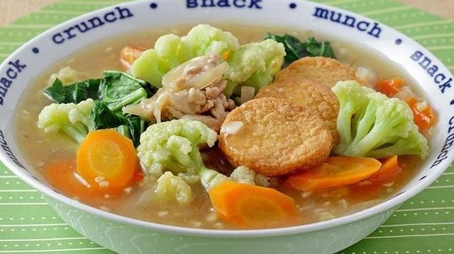 Sajikan Hangat Sapo Tahu Ayam Kembang Kol Pasti Bikin Keluarga Jatuh Cinta Sejak Suapan Pertama Bangka Pos Makanan Kembang Kol Makanan Dan Minuman