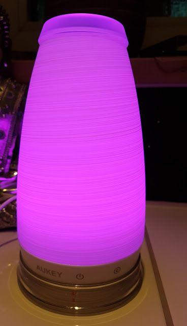 Nice Mihaela u Dreamteam Aukey Lampen mit Farbwechsel im Test entspannen und eine gute Einschlafhilfe