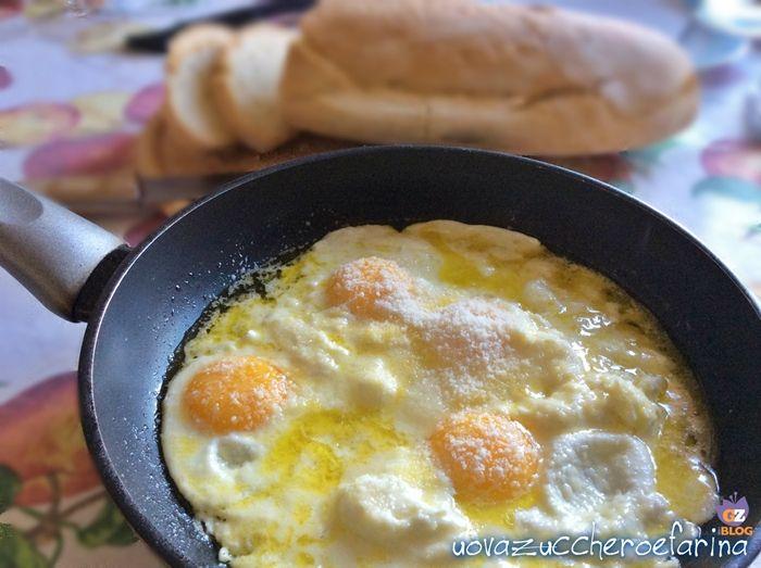 Conoscete le uova alla provatura? E' una ricetta molto semplice di origine laziale che prevede l'utilizzo di un formaggio a pasta molle, la provatura.