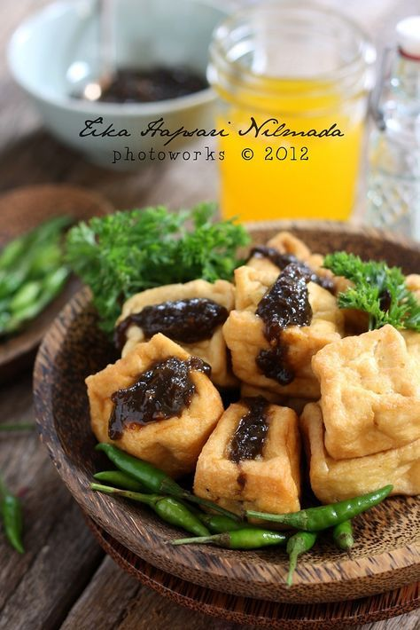 Tahu Petis, Deep fried tofu with prawn paste filling (from Cemplang Cemplung)