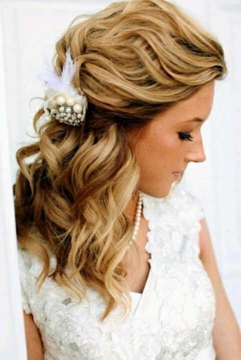 I love the waves but sideswept and elegant - #elegant #sideswept #waves - #HairstyleBridesmaid