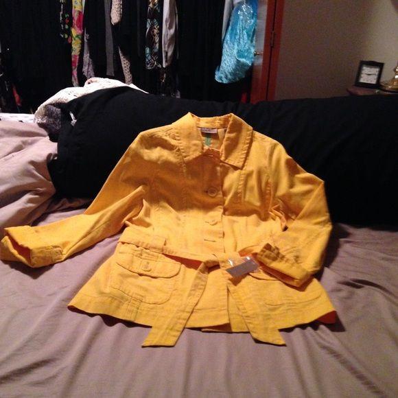 ☀️☀️☀️sunny I.e. Yellow trench  i.e. Relaxed NWT yellow trench coat i.e relaxed Jackets & Coats