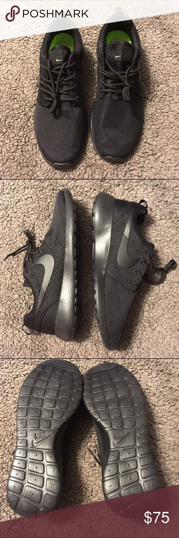 Nike Rosche Black nike rosche. Brand new never worn. I ordered a men's size 12 online and they sent a women'a size 12. Nike size chart shows a women's size 12 as a men's size 10.5. Make me an offer since I can't return them I threw the box out and ripped the tags off. Nike Shoes Sneakers