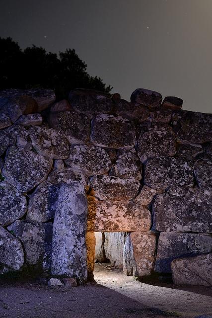 """Tomba dei giganti """"Sa domu 'e s'orku""""    Giants' grave - Sette Fratelli Mountains  South-eastern Sardinia"""