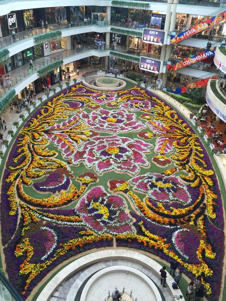 Tapete de Flores ! Santa Fe mall, 2015 | Colombia ...