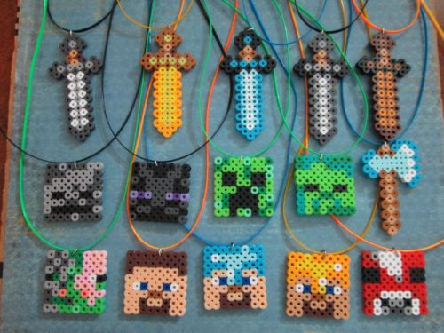 15 ITS MINE CRAFT SWORD & CHARACTER NECKLACES PARTY FAVOR BOYS BIRTHDAY GIFT