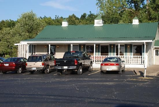 Front Porch Restaurant: Marion Ky.  A great place to go for Fried catfish. You'll get whitebeans, hushpuppies, and good ole Ky. hospitality.. I hear they serve fried pickles and bowls of butterbeans too.. a great place for good country cooking.