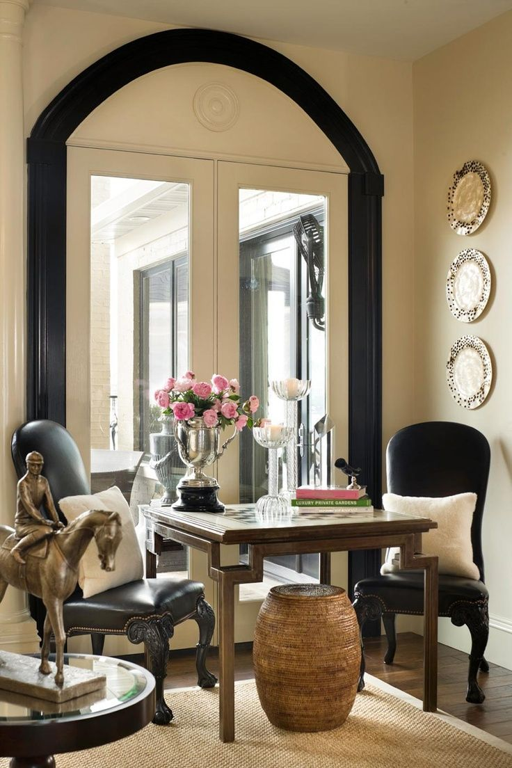 Love this versatility...little dinette/game table with comfy chairs.