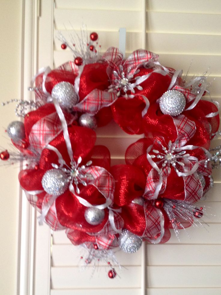 Winter Deco Mesh Wreath