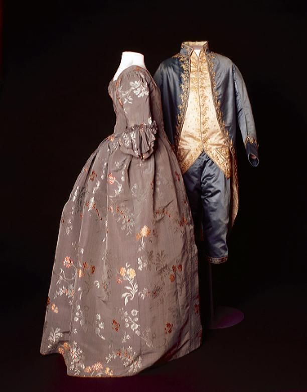 Robe à l'anglaise met tablier | 1770 - 1790 | Modemuze