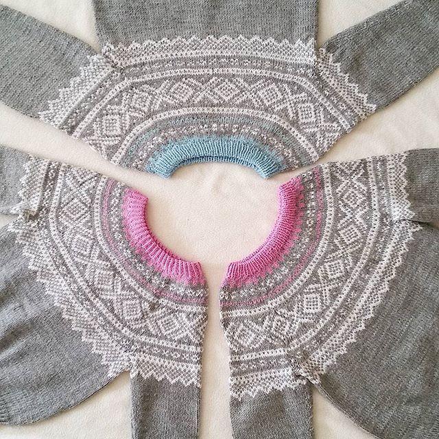 Da har det blitt tre mariusgenser i løpet av sommeren, så nå er det nok tre jenter som blir fornøyd.💜💜💜 #mariusstrikk #mariusgenser #sandnesgarn #strikkeglede #strikkelykke #strikkedilla #knittinglove #barnestrikk #knitting #instaknitting #madebyme #DIY #håndstrikket