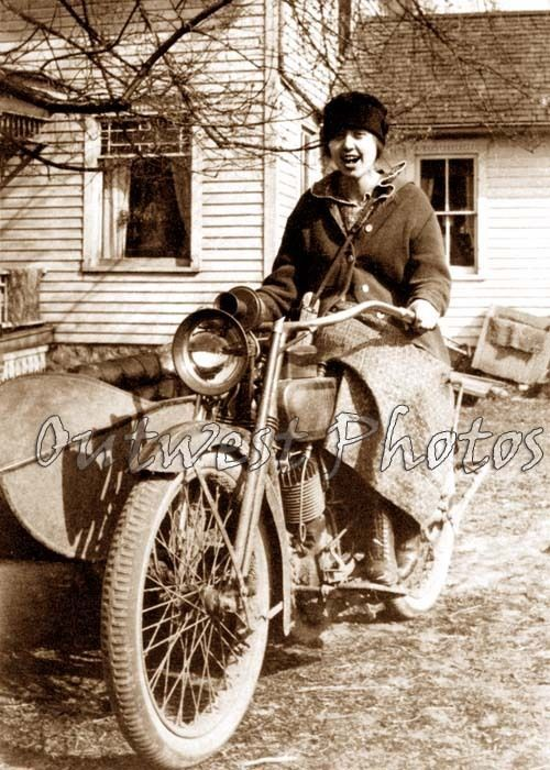 WOMAN ON A VINTAGE HARLEY DAVIDSON SIDECAR MOTORCYCLE GIRL WOMEN LADY