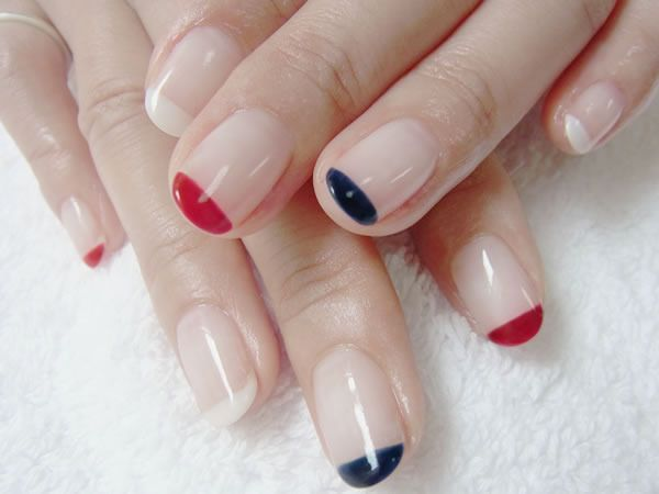 Get summer mani-pedis at home /hotel in London - www.lesalonapp.com - #nailart #beauty #manicure #nails