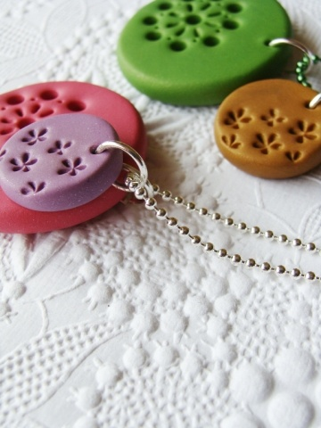 simple pure fimo necklace