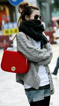 shorts with tights, chunky sweater, bundled up scarf, pop of red