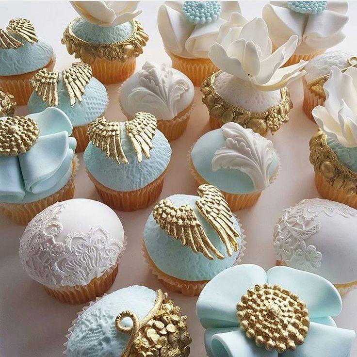"""""""Schöne Cupcakes von @leyaracakes #cupcakes #Angelwings #babybliss #events #allthingspretty #storybookbliss #feature #inspiration #geburtstag # hochzeiten…"""""""