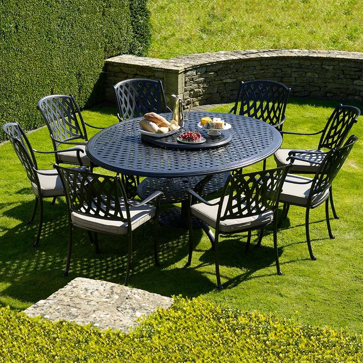 Garden Furniture 8 Seater Round Table