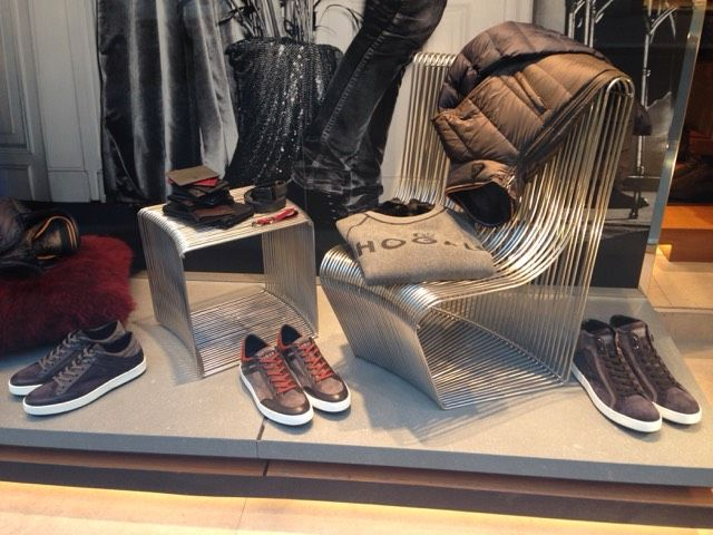 Window shopping at @hogan in Milan! Check out: http://www.shoppics.com/s/hogan/Egya6WjHm6