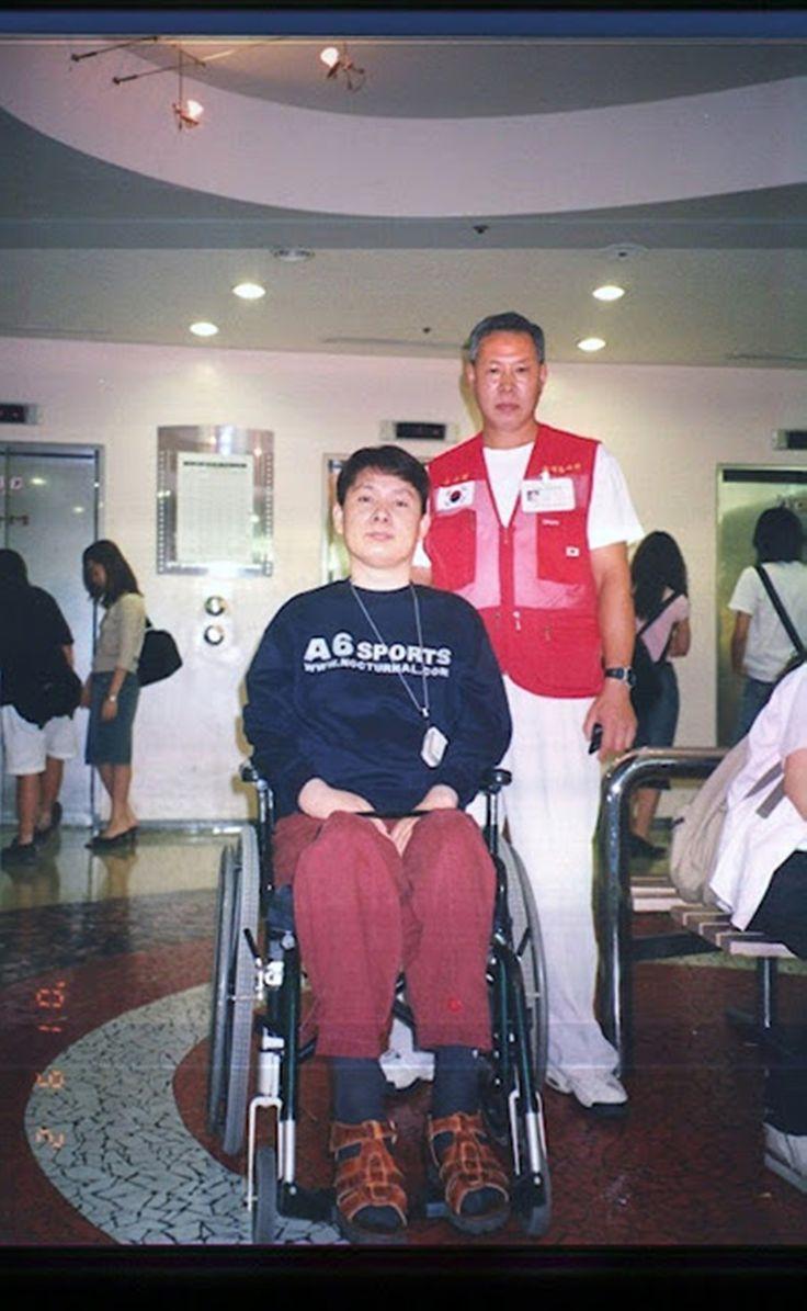 강변CGV 2001년 09월02일 이분을 모시고  영화 보았다. -------------------------- 전지현.차태현 주연 엽기적인 그녀.