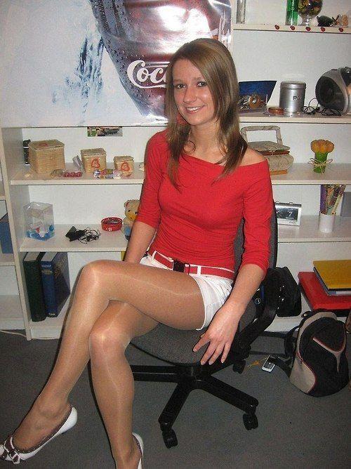Smooth shiny legs at ikea - 3 4