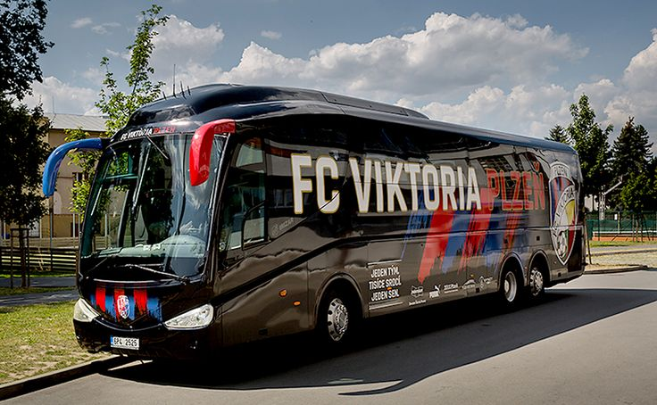 celopolep autobusu FC Viktoria Plzeň