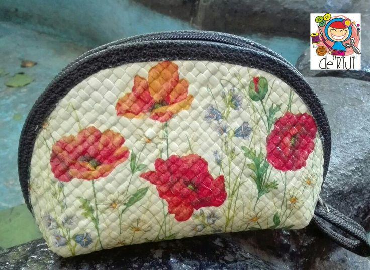Garden pouch  Anyaman pandan with decoupage
