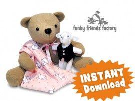Deze beer is superschattig met het kleine lammetje. Het patroon kun je hier kopen: http://www.naaipatronen-voor-knuffels.com/