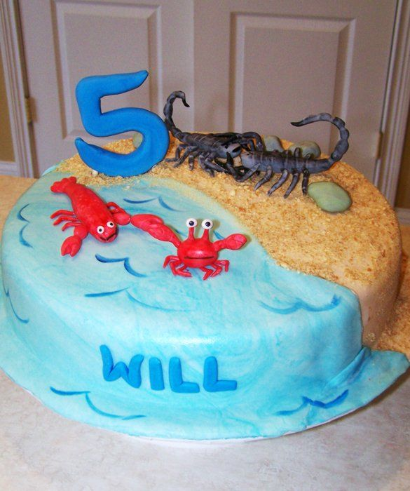 Swimming Pool Cake: 50 Amazing and Easy Kids' Cakes - mom.me