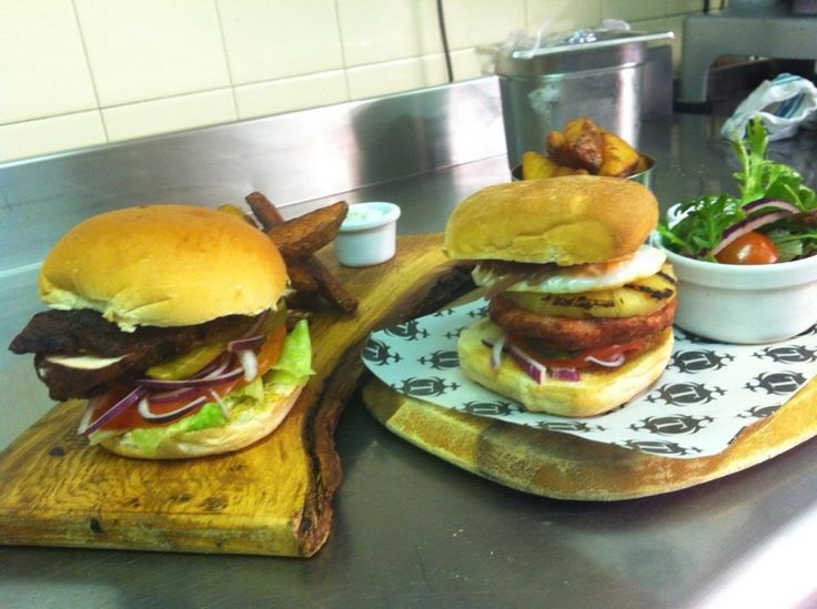 @InnAtTroway Jamaican jerk chicken burger with pickled cucumber or gammon burger with egg and pineapple