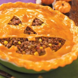 Jack-o'-Lantern Sloppy Joe Pie Recipe from Taste of Home -- shared by Bonnie Hawkins of Elkhorn, Wisconsin  #Halloween