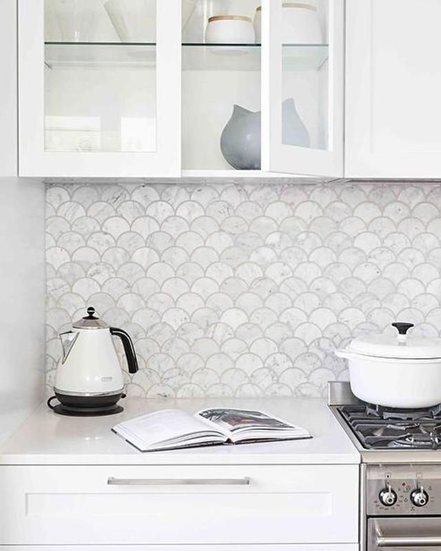 33 Creative Neutral Kitchen Backsplash Ideas 32 In 2020 Modern