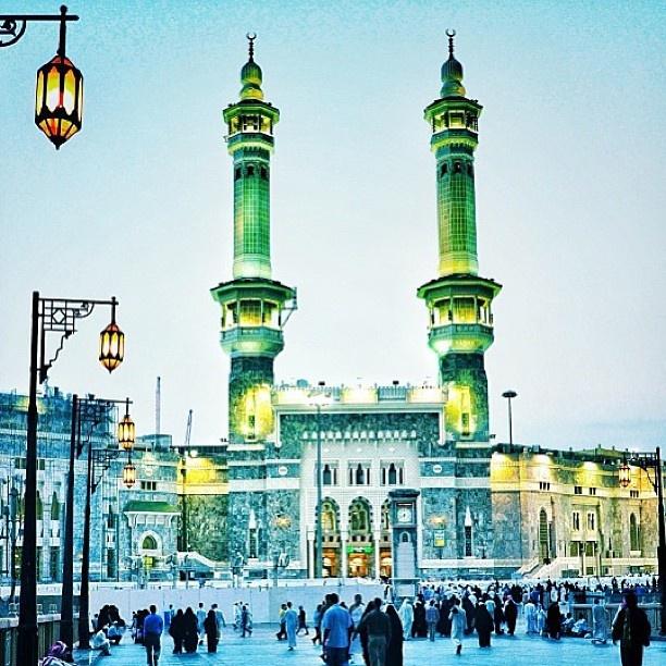 مكة المكرمة، السعودية  Mecca, Saudi Arabia  By @xarwax