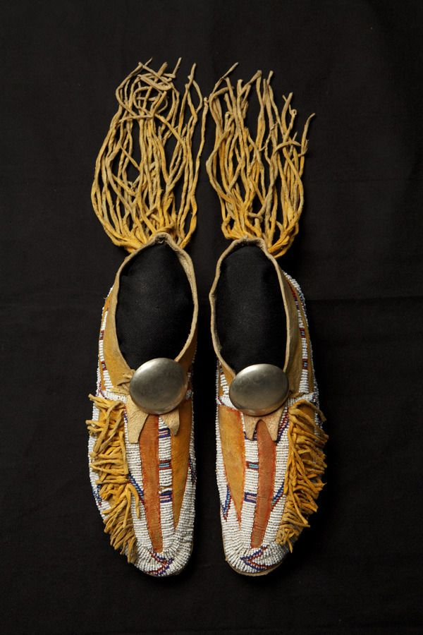 35 best mocs images on pinterest native americans for Cheyenne tribe arts and crafts