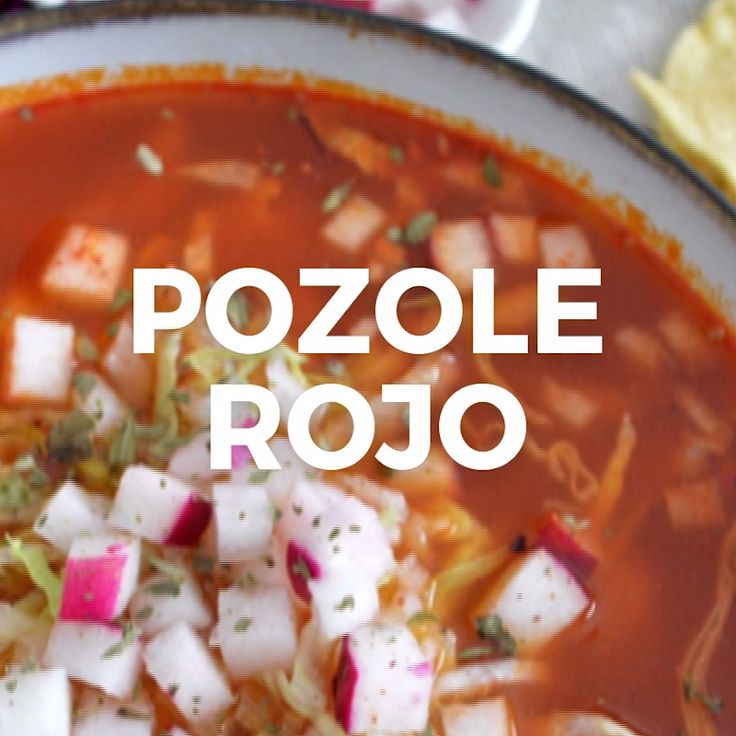 Easy Red Pozole - Doing pozole at home is simple. Surprise yourself with this recipe step by step, it is delicious! Mexican Cooking, Mexican Food Recipes, Vegetarian Recipes, Dinner Recipes, Cooking Recipes, Healthy Recipes, Tasty Videos, Food Videos, Deli Food
