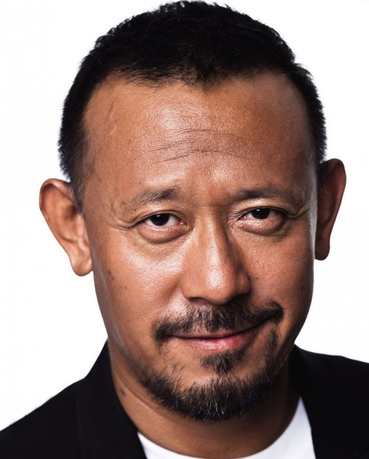 Jiang Wen: China Radio International noted that the addition of Jiang Wen in Star Wars Rogue One follows a trend in Hollywood in which Chinese actors are cast to appeal to Chinese moviegoers.
