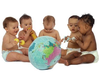 Las condiciones y el tiempo de espera para adoptar a un niño son muy variables dependiendo de lugar elegido. Estos son los requisitos de las adopciones en China, India, Etipopía, Costa de Marfil, Colombia...