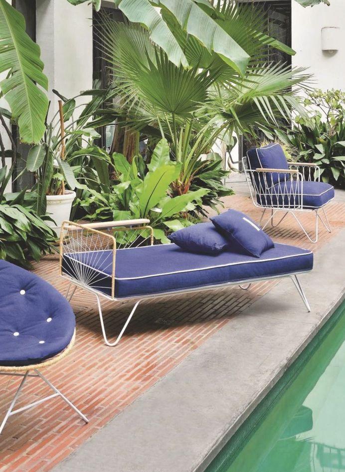 Preciously Me blog : Coup de Coeur Honoré Décoration - Carmen méridienne lounge chair, vintage style daybed