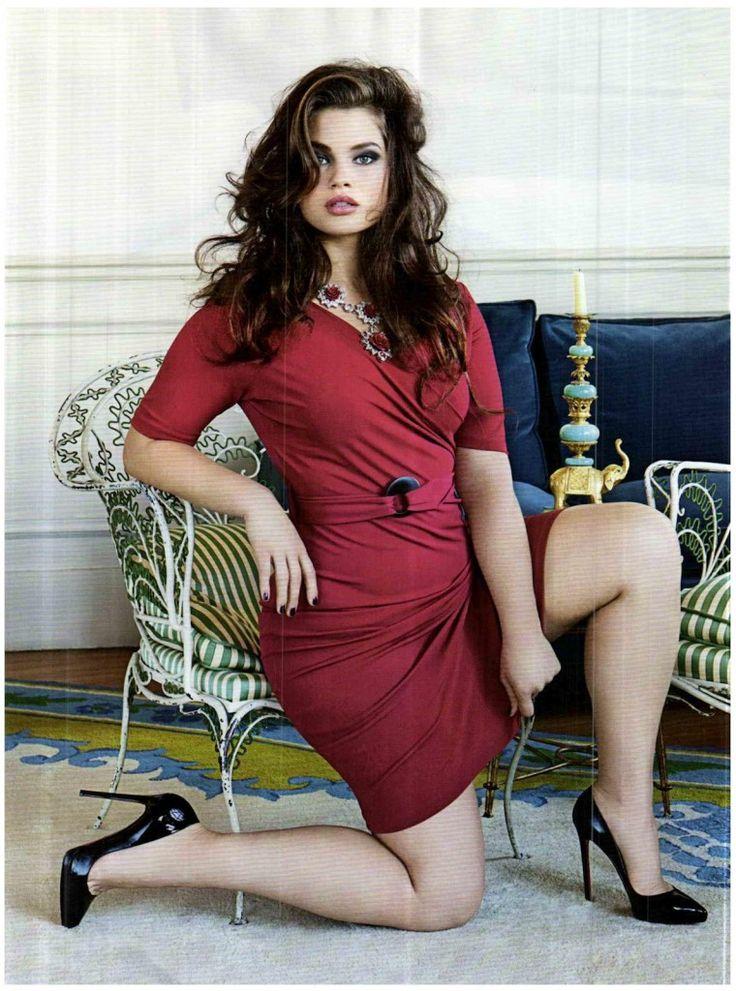 Vanity_Fair_N_18_9_Maggio_2012_18 {Italian Vanity Fair} plus size or not. tara lynn is gorgeous and her body is beautiful. scps