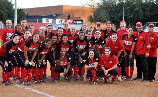 Ragin Cajuns softball team